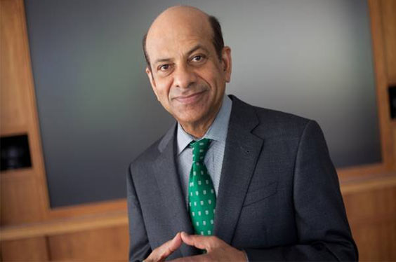 Vijay Govindarajan Receives 2017 Global Strategy   Journal Best Paper Award